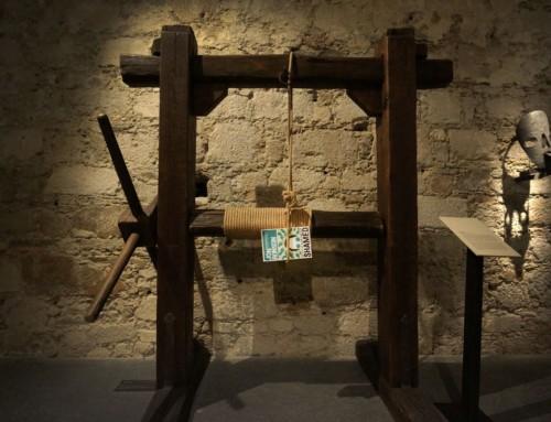 Sramotilni steber Jona Ronsona z Alešem Završnikom