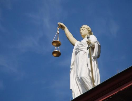 Simpozij: pravo, ekonomija in kriminaliteta