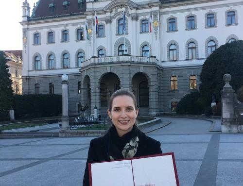 Lora Briški: Svečana listina za najboljše študijske dosežke